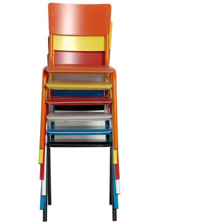 De leukste stoelen in allerlei vrolijke kleuren