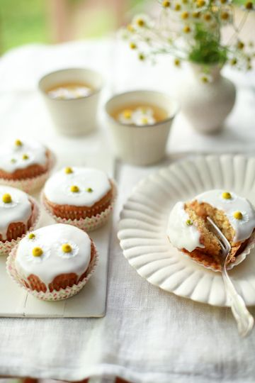 ... com/2012/02/honey-chamomile-cupcakes-and-the-joy-the-baker-cookbook