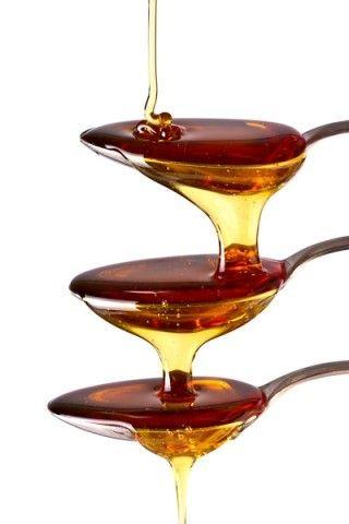 Honey / Miel - Apis Cera. http://www.lemarchedapicius.fr/fr/miels-et-confitures/358-miel-de-chataignier-des-cevennes-artisanal.html
