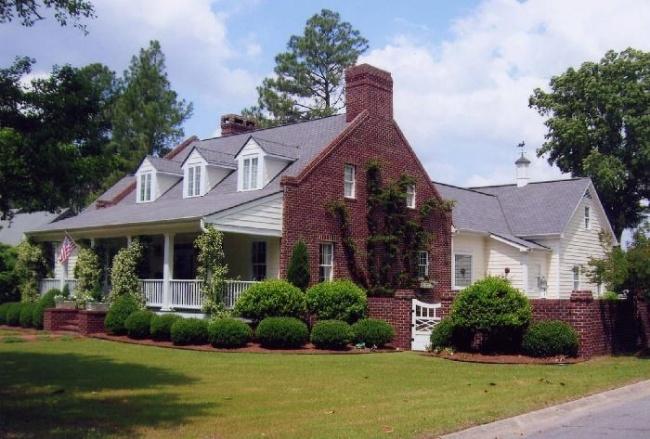 William E Poole Designs Historical Home Collection