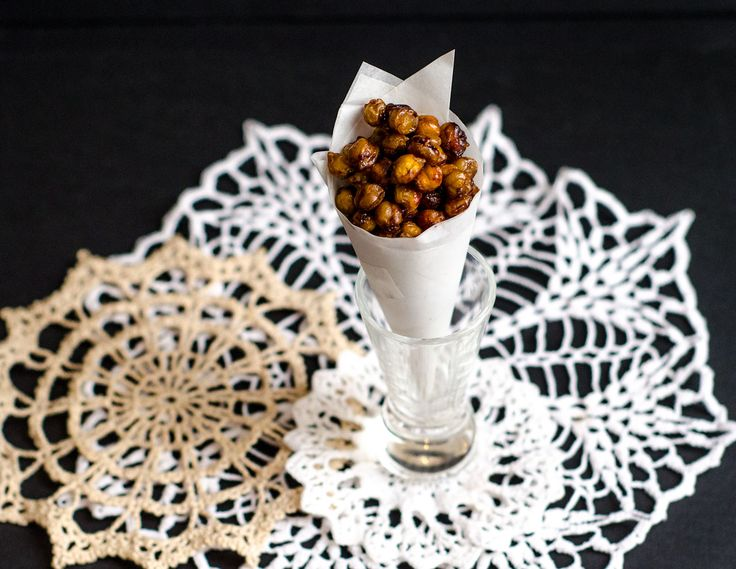 Cinnamon & honey roasted chickpeas | Grown-Ass Woman | Pinterest