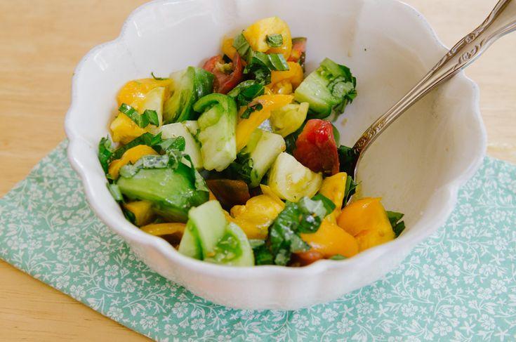 Simple Heirloom Tomato and Burrata Salad | Salads, Yum! | Pinterest