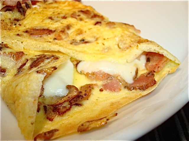 bacon and cheese omelet. bet your mouth is watering now. #breakfasts # ...
