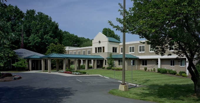senior living apartments new berlin wi
