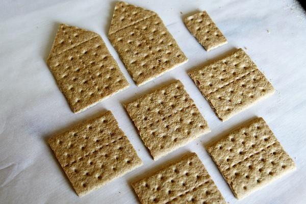 Graham Cracker Gingerbread Houses Christmas Pinterest