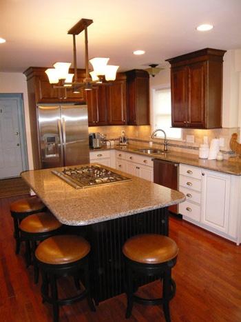 Experts Richmond VA Kitchens Bathrooms Dark Cabinets Above Light