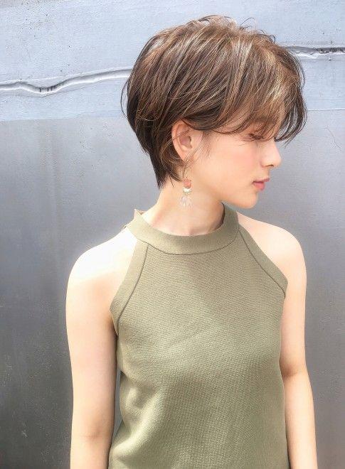 ショートヘア ファッション 夏