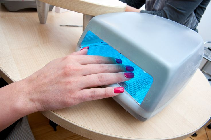 Are Gel Manicures Safe? The American Academy of Dermatology Says…
