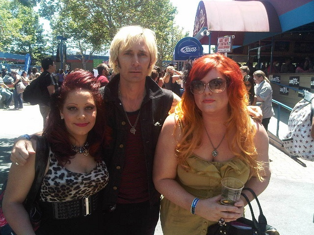 My ombre hair at BFD @Shoreline Ampitheatre.. with Mike from Green Day! #ombre