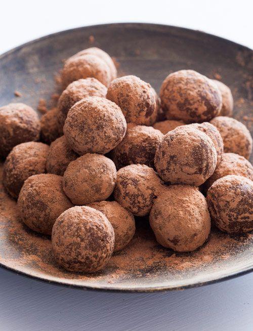 Bourbon Balls II Recipe — Dishmaps