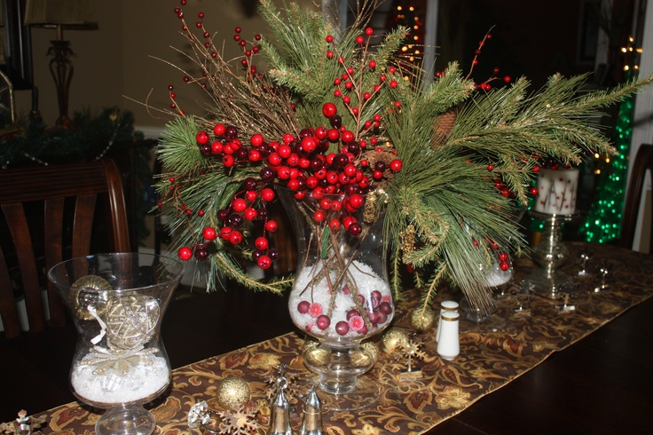 Christmas Centerpiece Using Cranberries