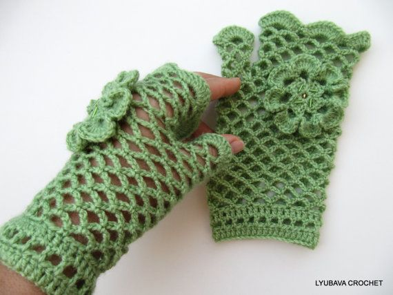 Crochet lace gloves green fingerless crochet lacy gloves with flower