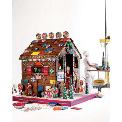 Life Size edible gingerbread house | Coolest playhouses | Pinterest