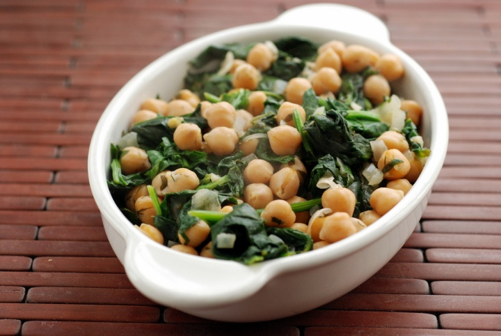 Greek Lemon-Dill Chickpeas with Spinach | Recipes - The Great Vegetar ...