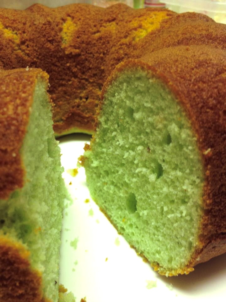 Pistachio Pound Cake | SweetCakes By Mary Anne | Pinterest