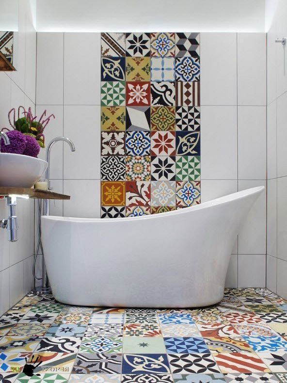 Tile patterns for bathroom