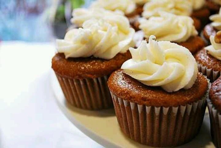 Pumpkin Spice Cupcakes | YUM! | Pinterest
