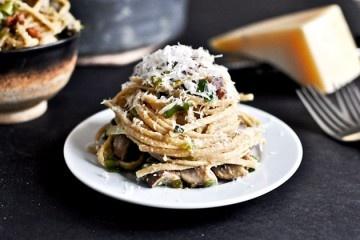 Portobello and Leek Carbonara Pasta | Recipe