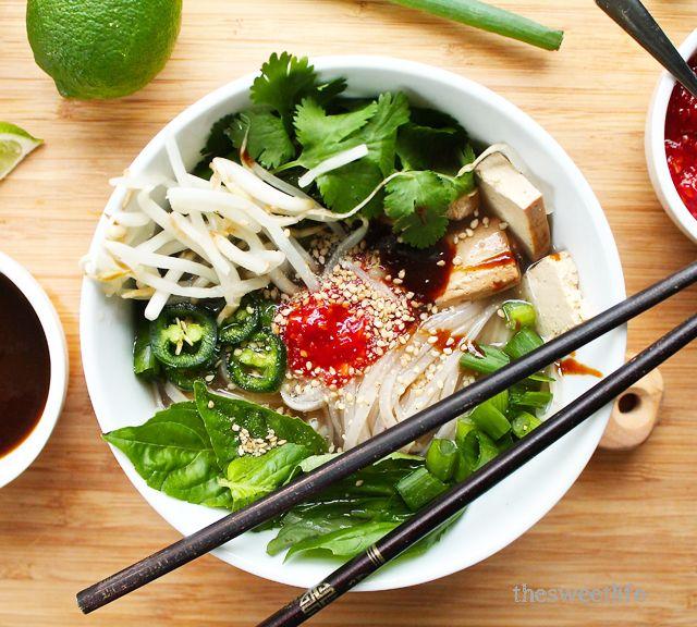 Easy Vegan Pho (Vietnamese Noodle Soup) | *Vegetarian {Amanda} | Pint ...