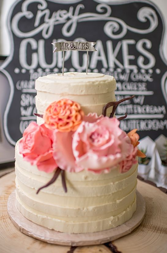pink and orange flower wedding cake #weddingdessert #cake #sweettooth