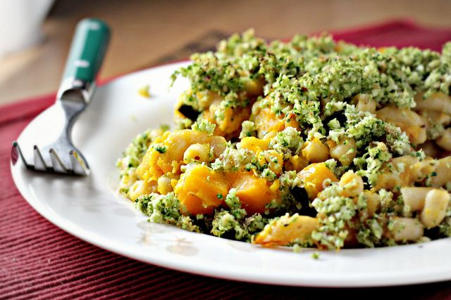 Broccoli-basil mac and cheese...comfort food with a healthy flair. You ...