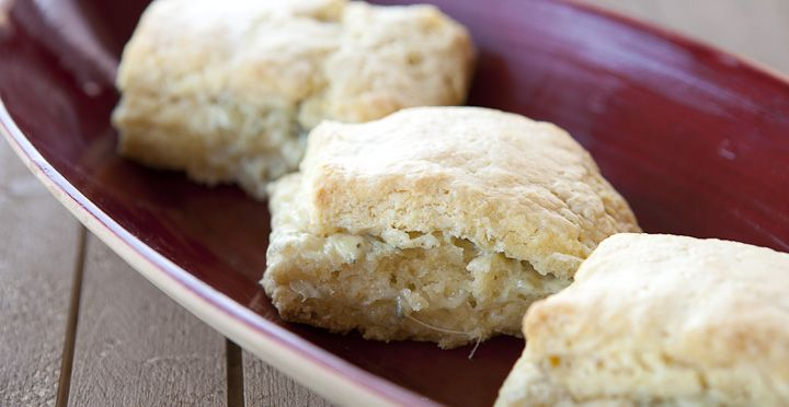 Macheesmo: Blue Cheese Biscuits