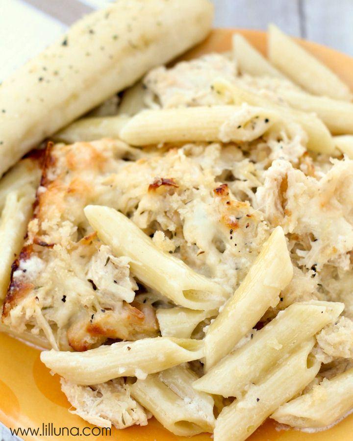 Creamy Chicken Alfredo Pasta Bake | Recipe