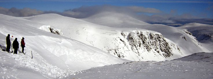 Report 4: Northern #Cairngorms Winter Conditions blog for skiers, #winter #walkers, #iceclimbing and other #snowsports in the #Aviemore Area. These are free reports produced by Andy Bateman of Scot Mountain Holidays and based on his 15 years experience here in the Cairngorms.