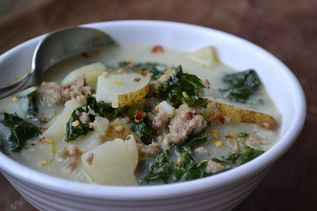 Potato, Sausage and Kale Soup - YUM YUM YUM....if this is even close ...