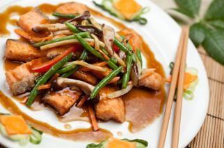 Salmon with Green Beans and Shiitake Mushrooms | Recipe