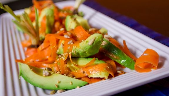 Carrot & Avocado Salad | YUM!! | Pinterest