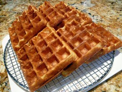 Cornmeal And Oat Waffles Recipe — Dishmaps