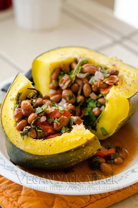Simple Stuffed Acorn Squash #vegan | Yummies | Pinterest