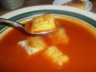 Grilled Cheese Croutons...Genius!! | {treats/desserts} | Pinterest
