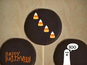 Moon Pie Halloween Pops   Get Your Boo On   Pinterest