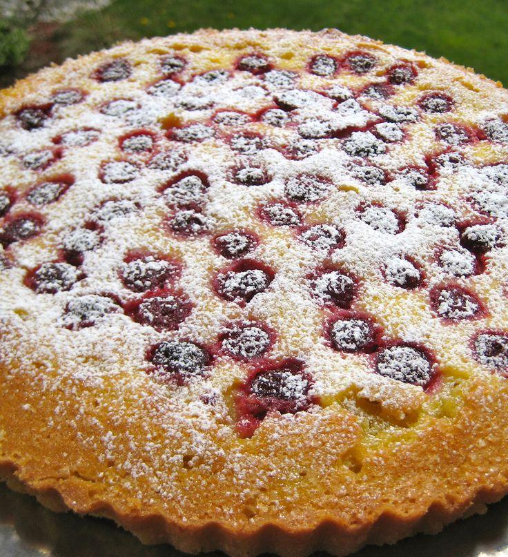 This Dessert Sings Spring Raspberry-Crème Fraîche Tart from www ...