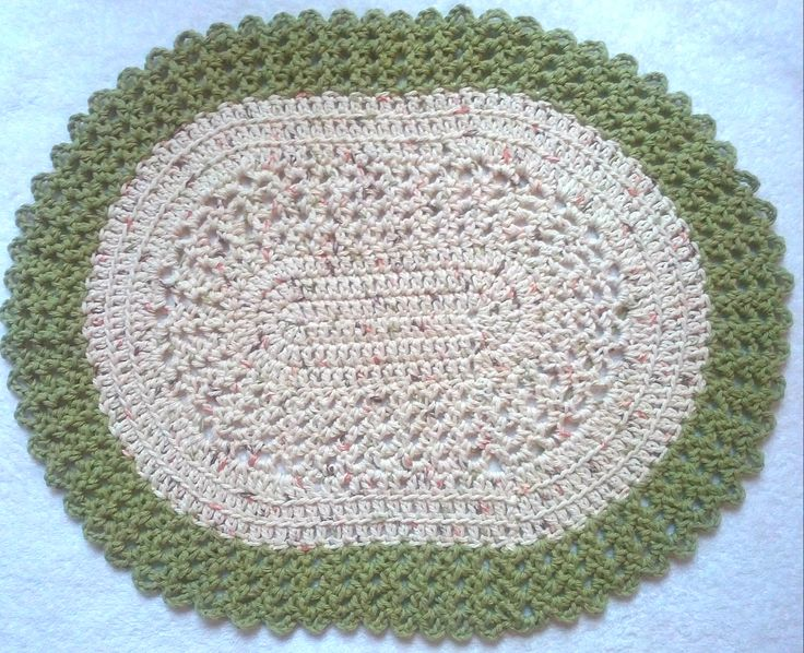 Crochet Pattern For Oval Placemat : Pin by Diane Lemire on Crochet Pinterest