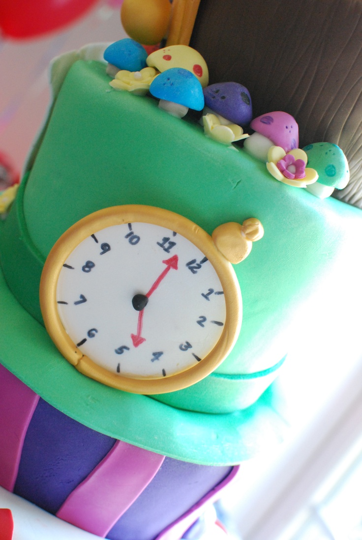 alice in wonderland cake birthday baby shower cakes pinterest
