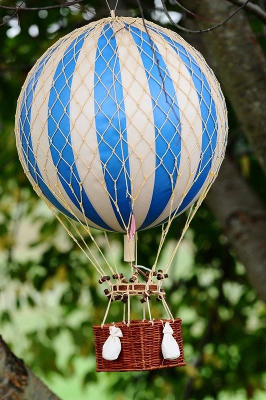 hot air balloon wizard of oz