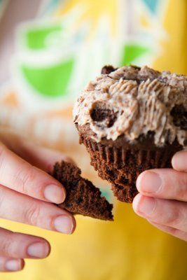 Oreo Cupcakes – With a Built-In Cup for Milk - from Cupcake Project