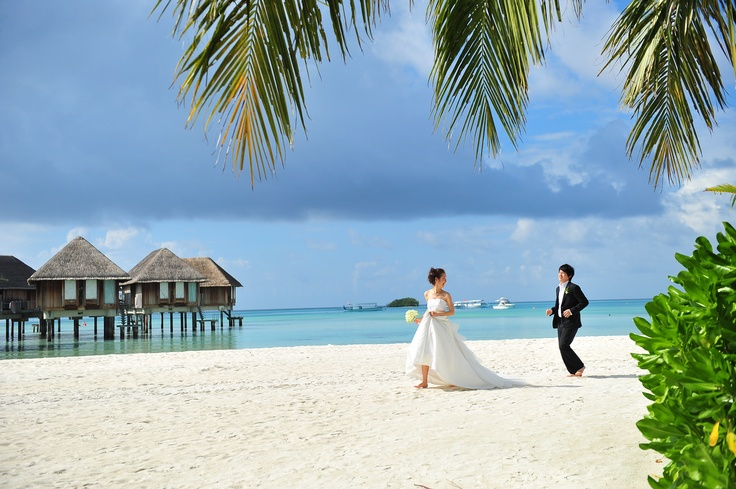 Destination wedding honeymoon wedding and honeymoon for Where to go for a honeymoon