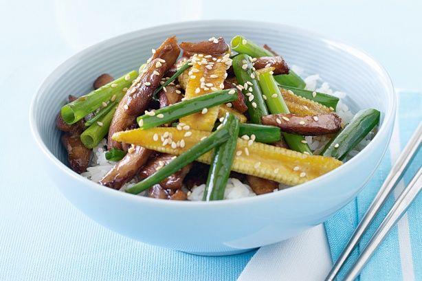 Honey and sesame chicken stir-fry | food | Pinterest