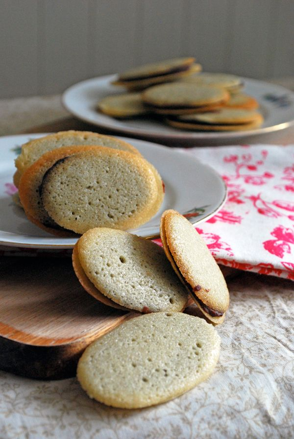 Homemade Milano Cookies - the perfect easy treat to enjoy with coffee ...