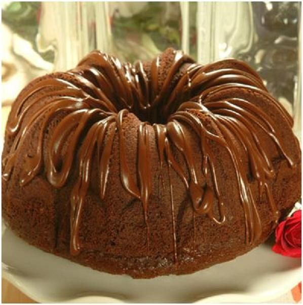 Rich Chocolate Pound Cake - Recipe Recipes-Cake Pinterest