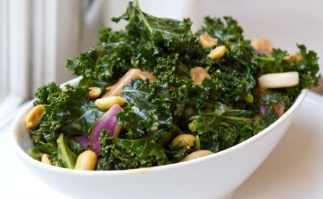 Feed Your Kale Addiction With Spicy Peanut Ginger Kale Salad : I ...