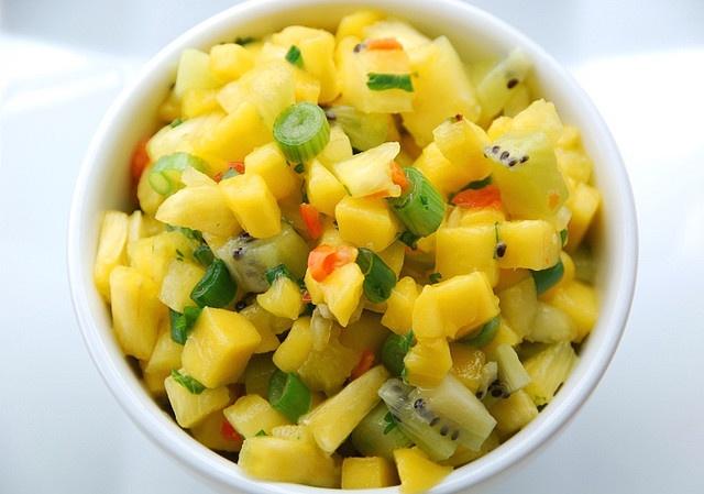 pineapple-mango-habanero salsa... oh yea