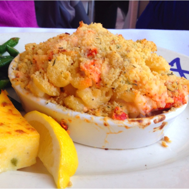 Lobster Mac and cheese | Mahs Menu Ideas | Pinterest