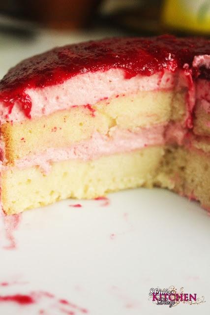 Eggless Strawberry Mousse Cake | Cakes & Cupcakes | Pinterest