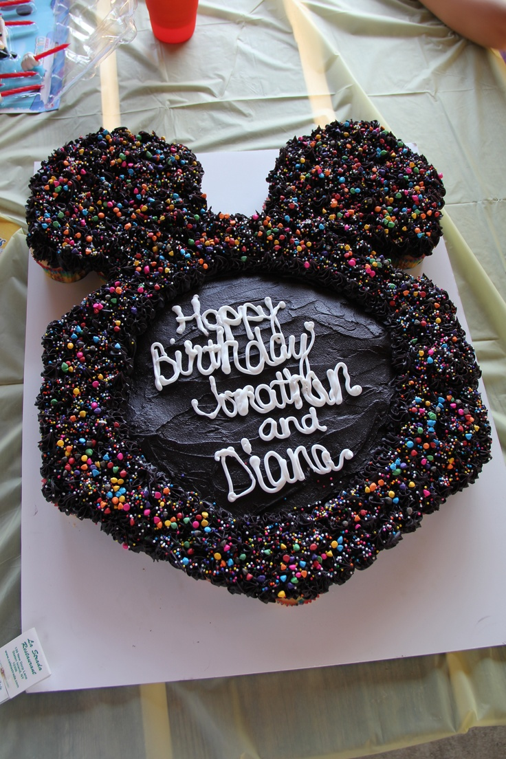 mickey mouse pull apart cupcake cake