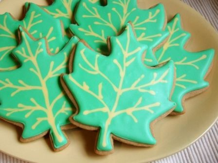 Maple Leaf Cookies | COOKIE: rolled recipes | Pinterest